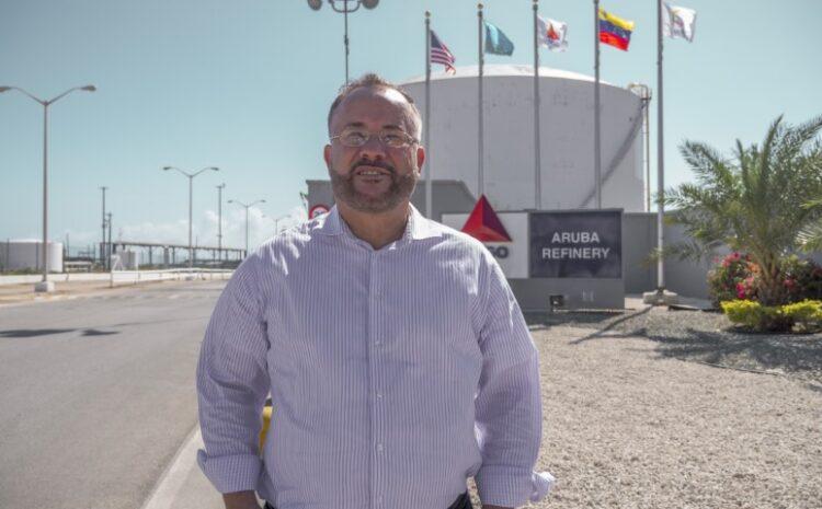Mike de Meza: A traha duro pa por a habri refineria