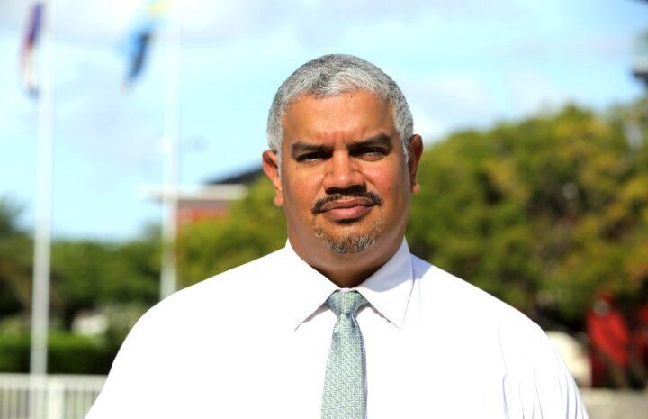 Aruba y Hulanda a aproba cambio di ley di LTU: Te ainda parlamento di Aruba no a aproba esaki