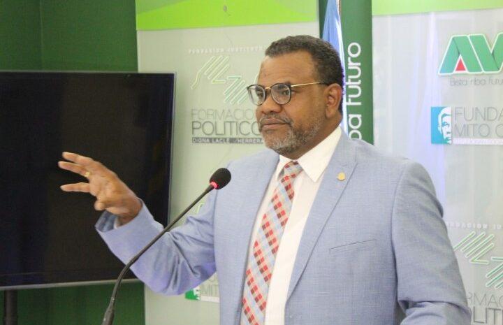 Prome Minister a confirma  na pueblo cu mas medida ta dilanti porta