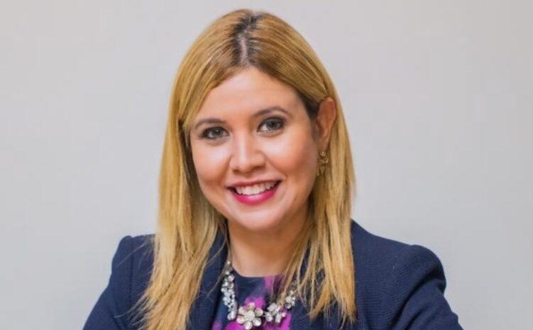 Jennifer ta un candidato prominente den campaña Electoral 2021