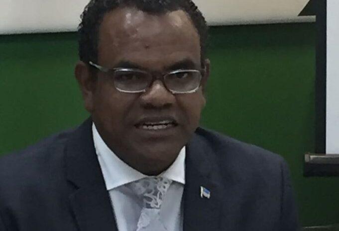Ainda Evelyne ta kere cu Mike Eman ta Prome Minister di Aruba