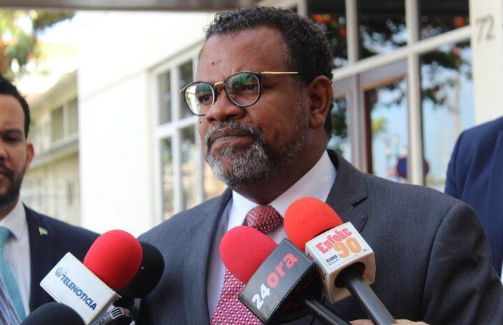 Vice Prome Minister ta hungando cu Prome Minister