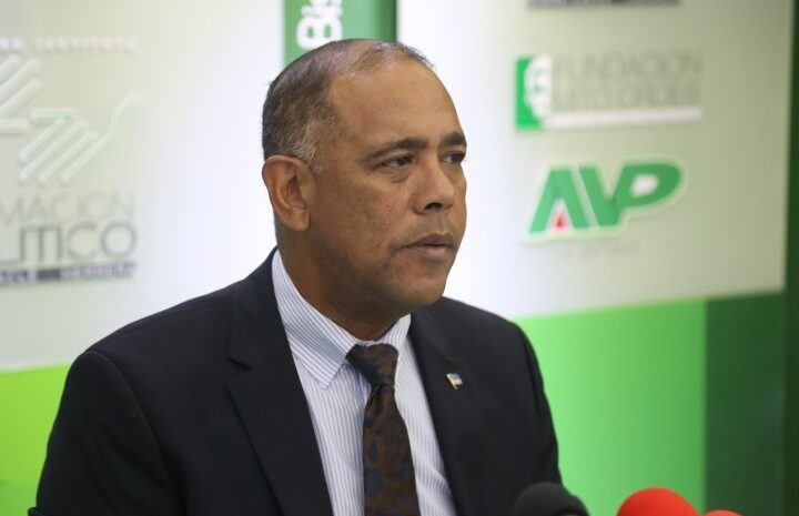 Minister Oduber ta tratando fracciondi MEP manera un 'poppenkast'
