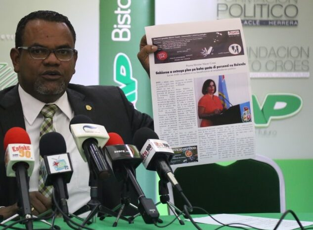 Contrario na Prome Minister CAFT a confirma cu lo tin cu reduci gastonan di personal cu 12 miyon