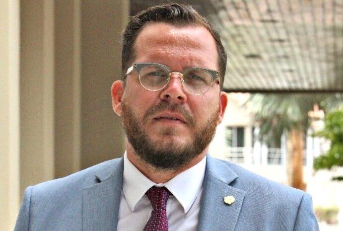 Intencion di Minister Rudy Lampe ta pa disolve Tra'i Merdia completo