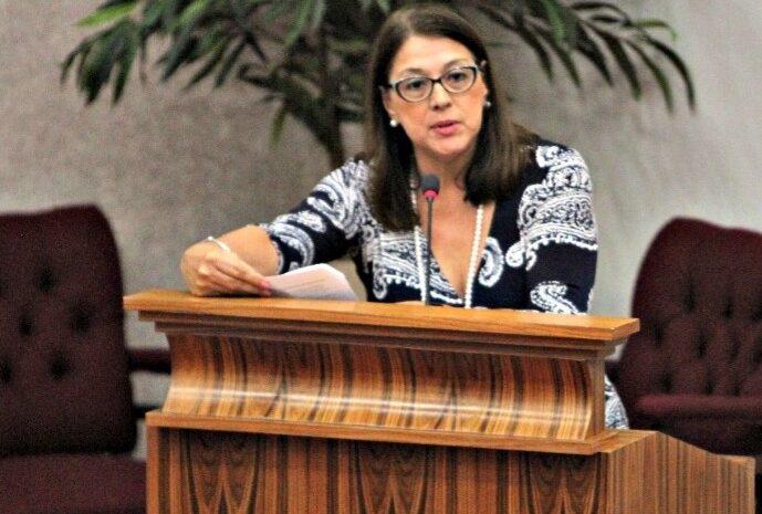 Incertidumbre y falta di dialogo di parti Minister Rudy Lampe