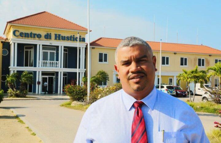 Falta di claridad den nombracion di Alto Comisario di Polis definitivo