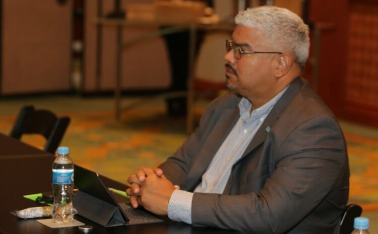 Un gobierno mester tin envolvimento di pueblo pa goberna na bienestar general