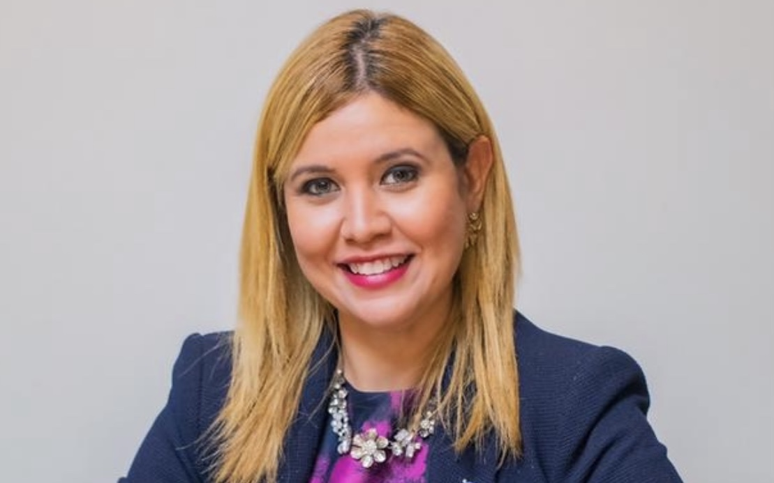 Top 3 Female votegetter AVP: Jennifer Arends-Reyes ta agradecido